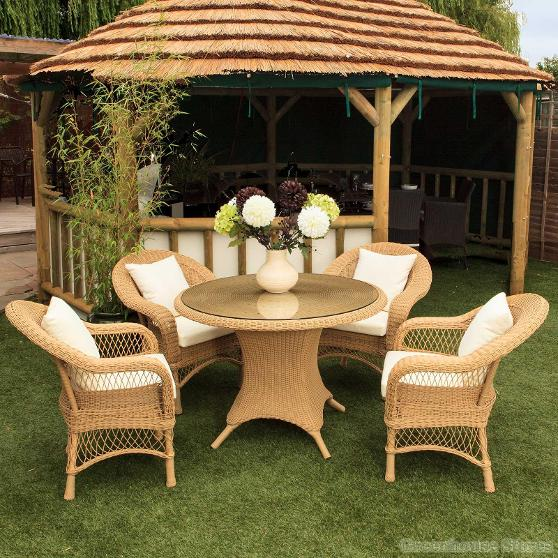 Exclusive Outdoor Turin Dining Range