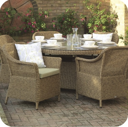 Daro Lyon Dining Outdoor Range